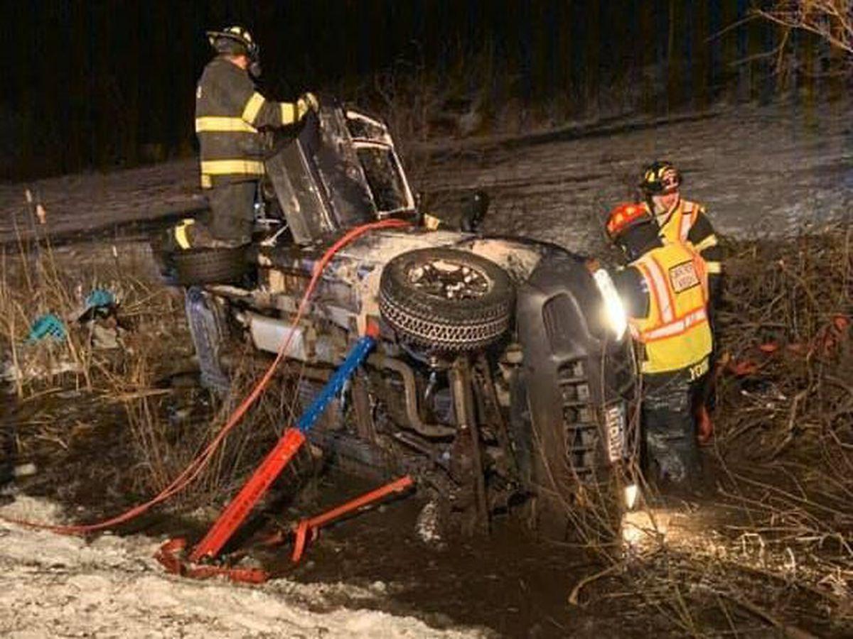 2 men hurt in town of Brownville crash