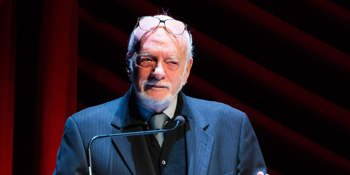 Towering Broadway director and producer Hal Prince dead