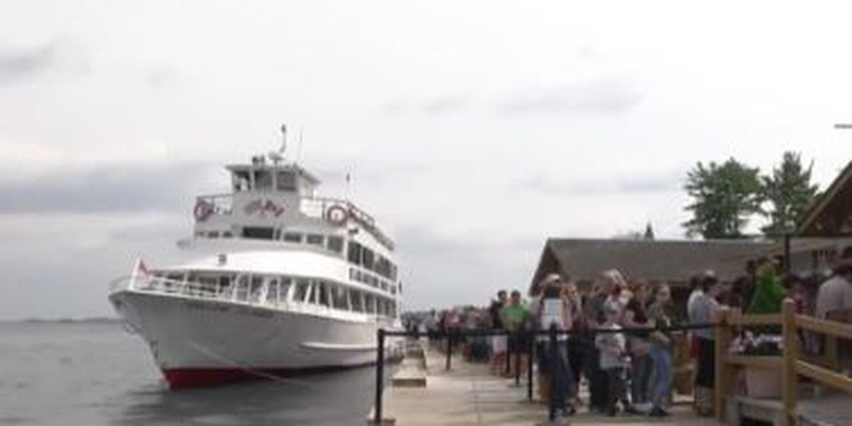 Gray: boat tours back in business