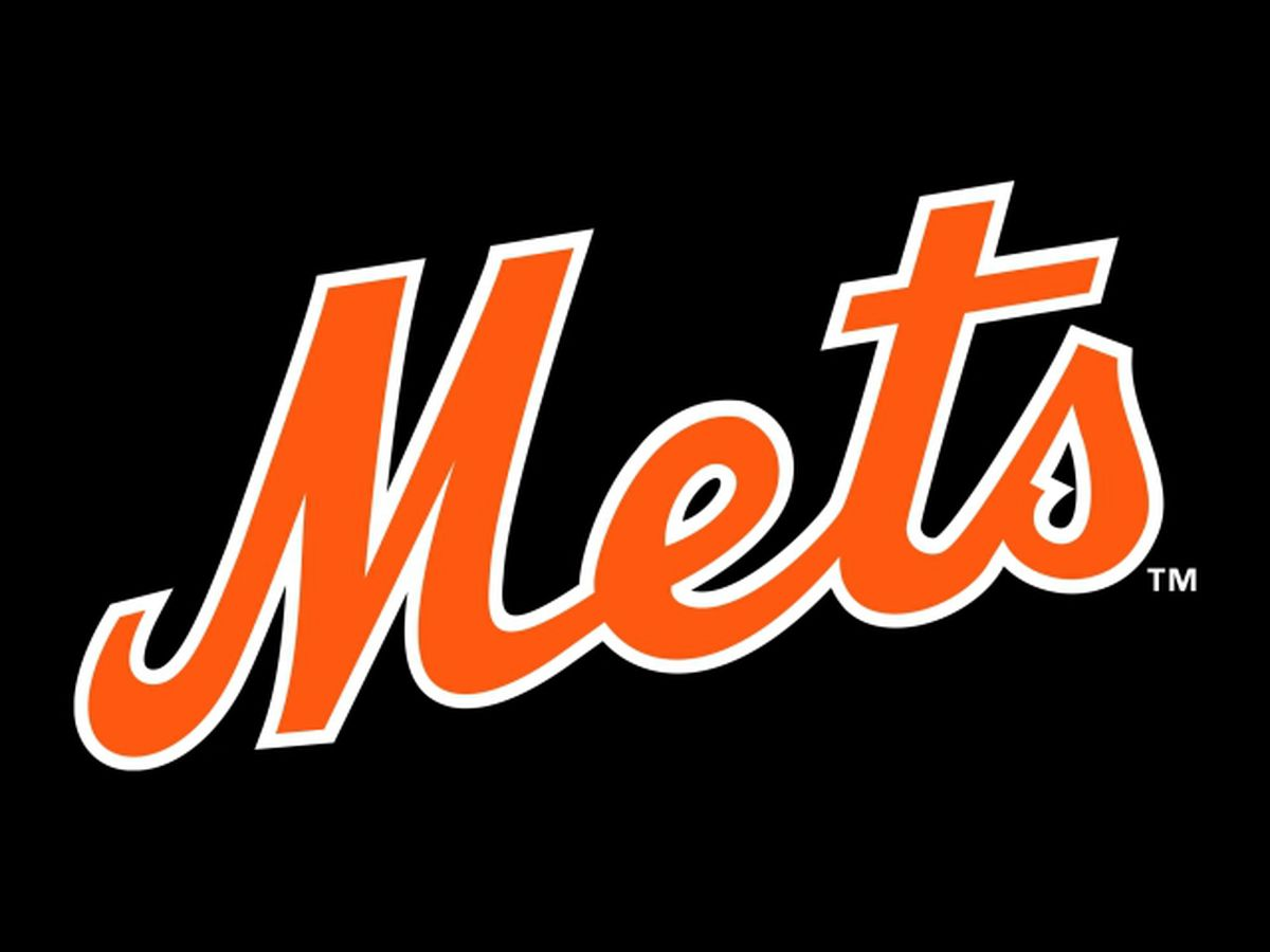 Mets fire GM after he sent explicit texts to female reporter