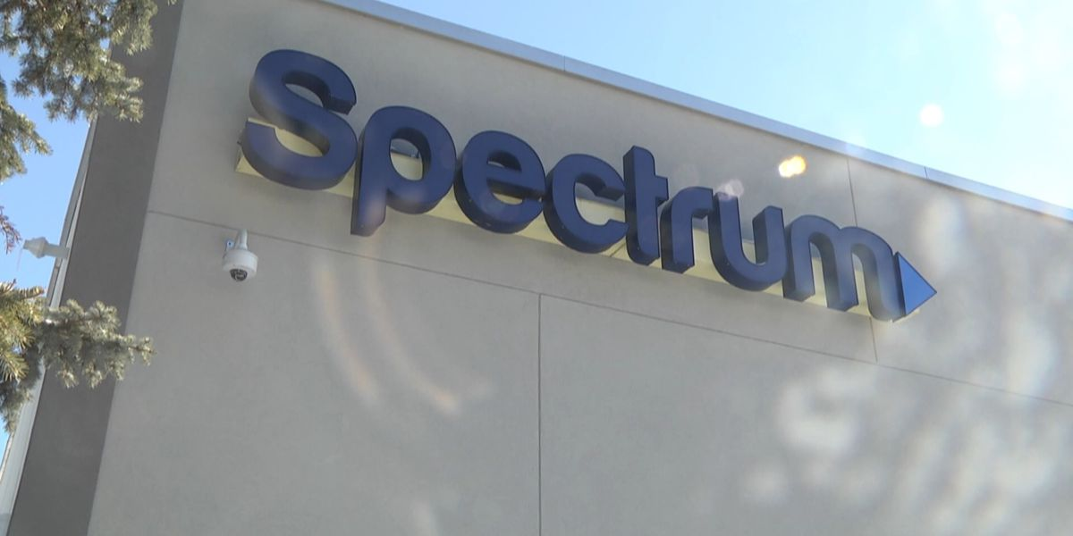 Spectrum offers bill credit following last weekend's service outage