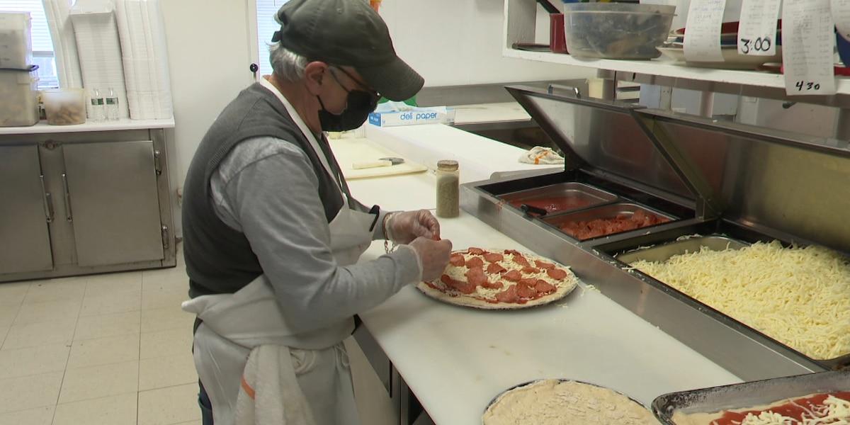 Super Bowl business has pizzerias busy