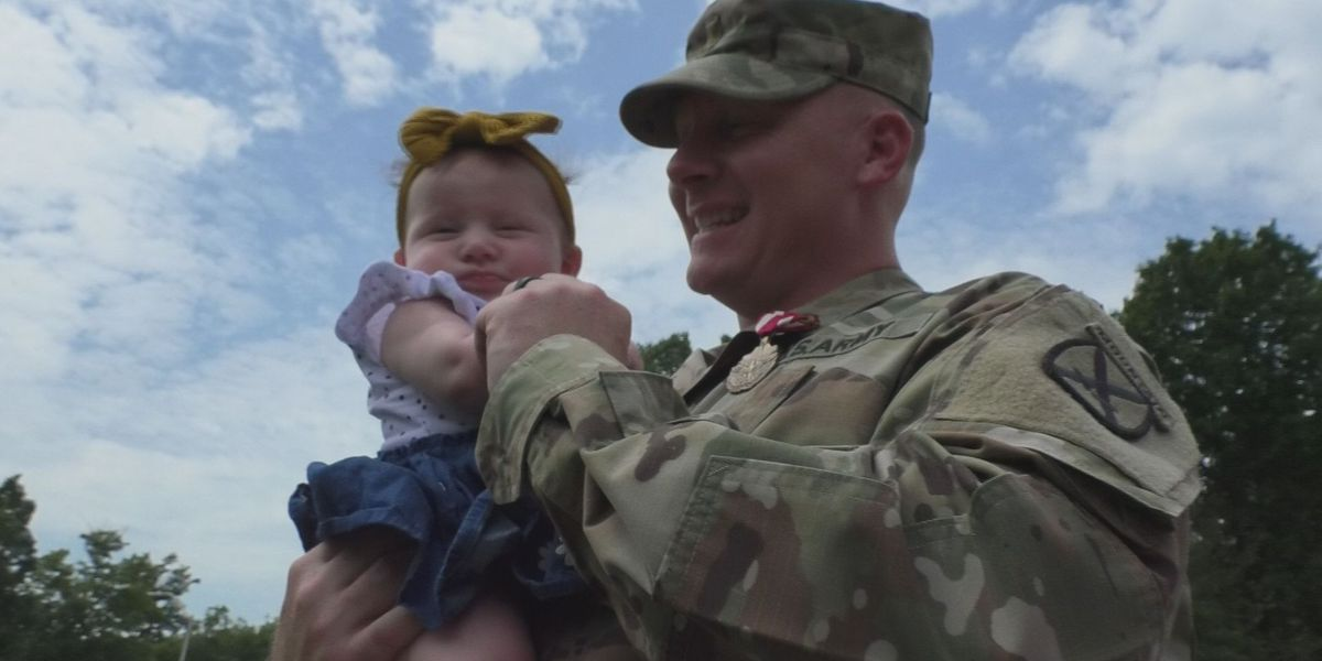 Soldier lauded for saving child