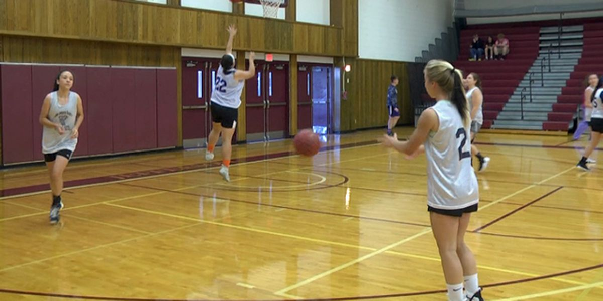 Summer basketball league keeps athletes' skills sharp