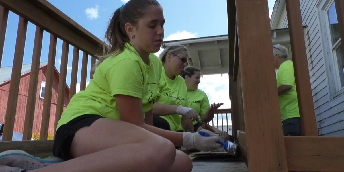 Volunteers come together to Love Lewis County