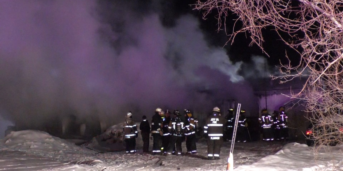 Family gets out safe after a fire at their Henderson home
