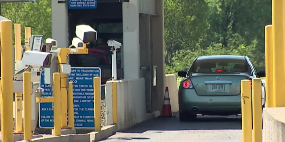 As Canadian border remains closed, concerns over security mount