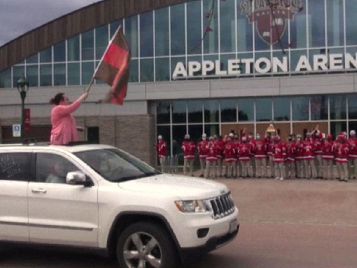 Saints hockey team grateful for community support