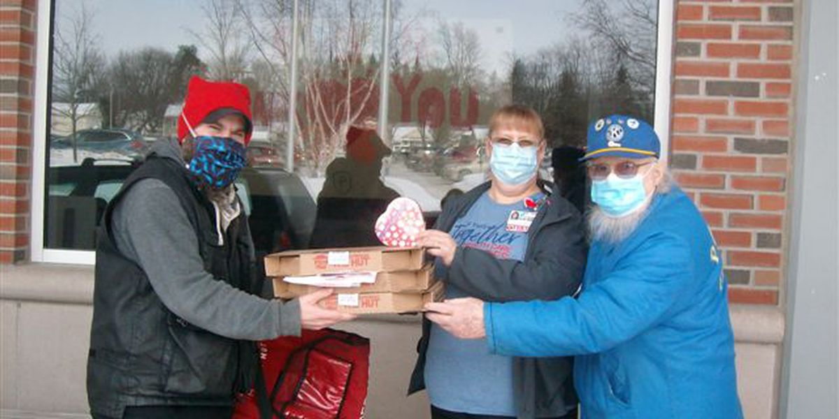 """With dozens of pizzas, boxes of chocolates, Potsdam Kiwanis Club says """"thanks"""" to hospital workers"""