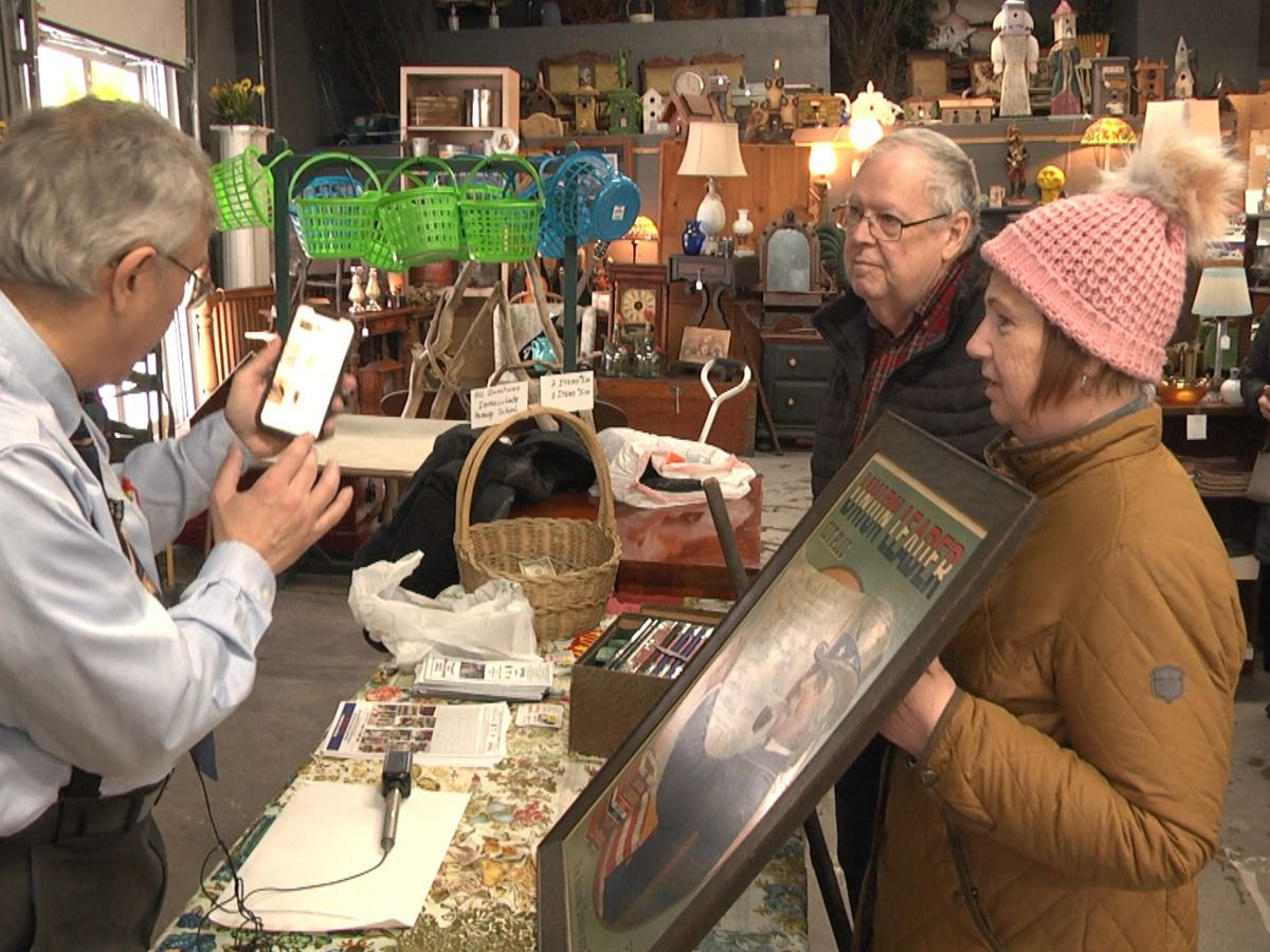 What are your antiques worth? People in Watertown find out