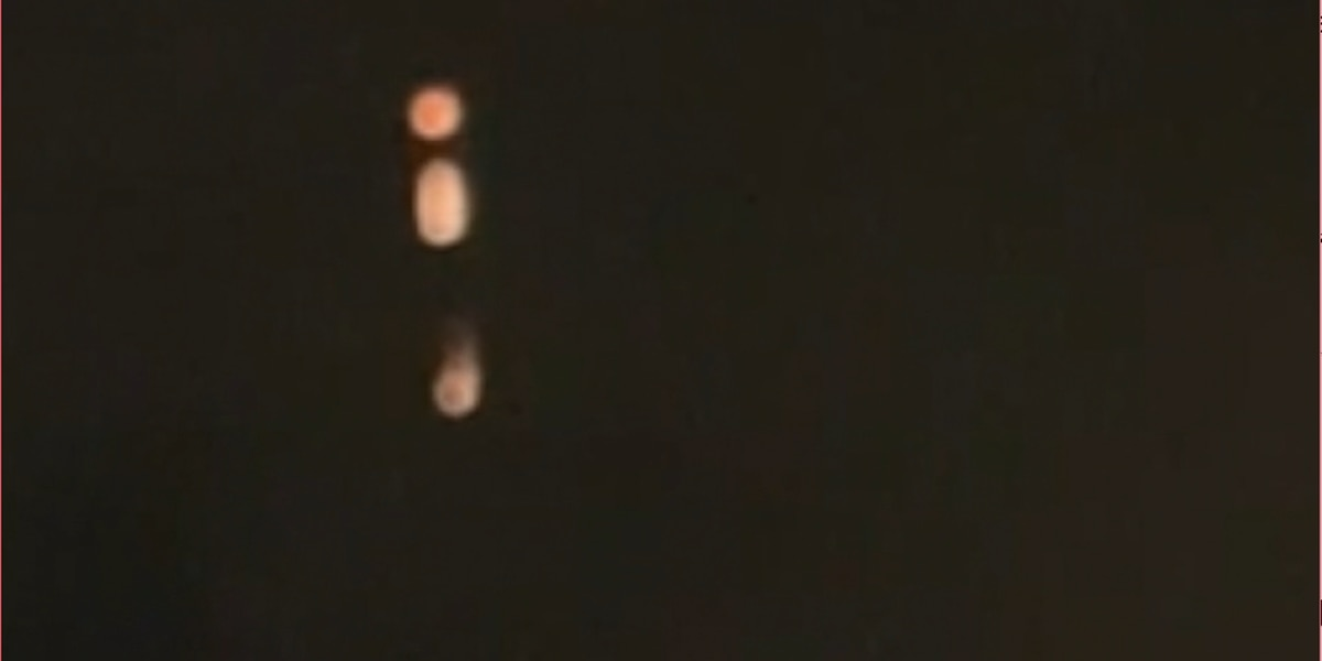 WATCH: Mysterious lights hover in Ariz. sky
