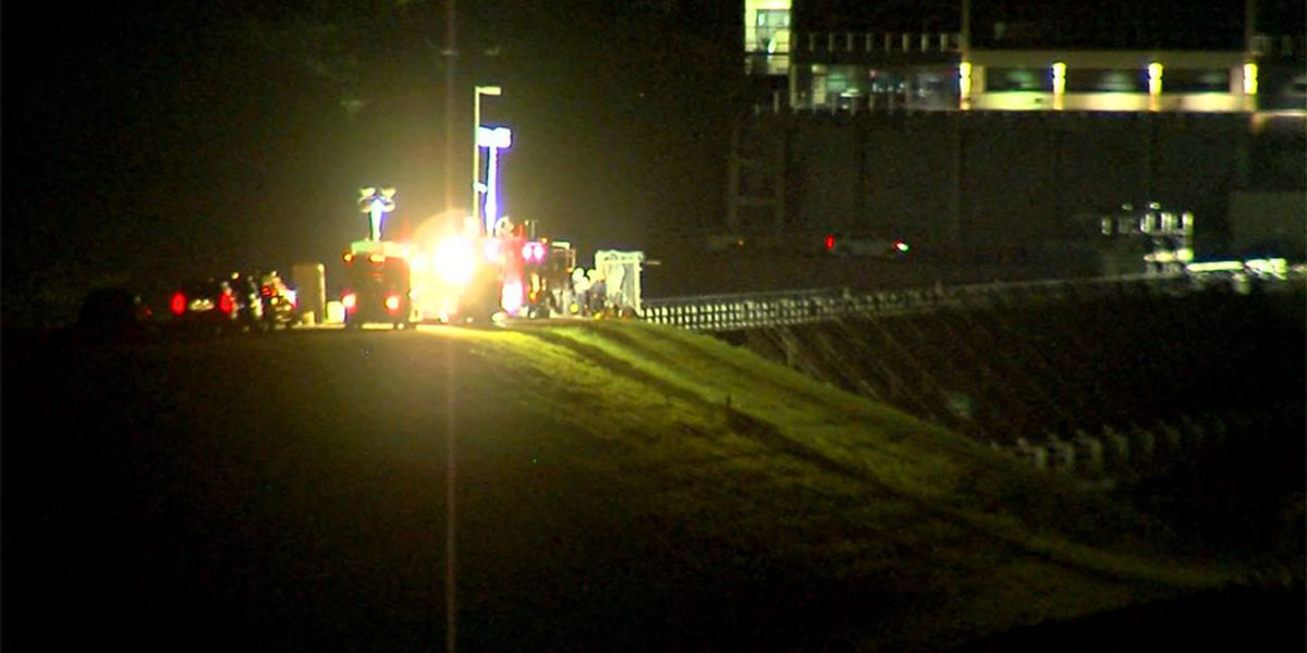 Explosion at dam kills 2 workers in Okla.