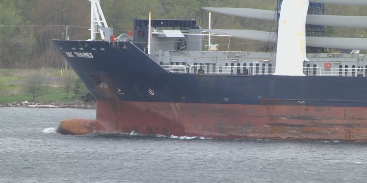 "Grain provides a boost as St. Lawrence Seaway makes ""slow progress"""