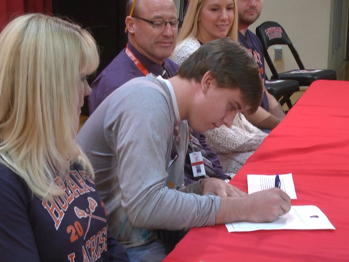 Friday Sports: Letter signings and hardwood action