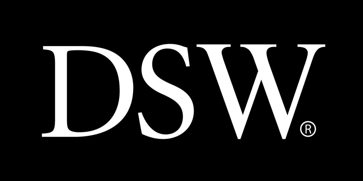 DSW Designer Shoe Warehouse closing Salmon Run Mall store