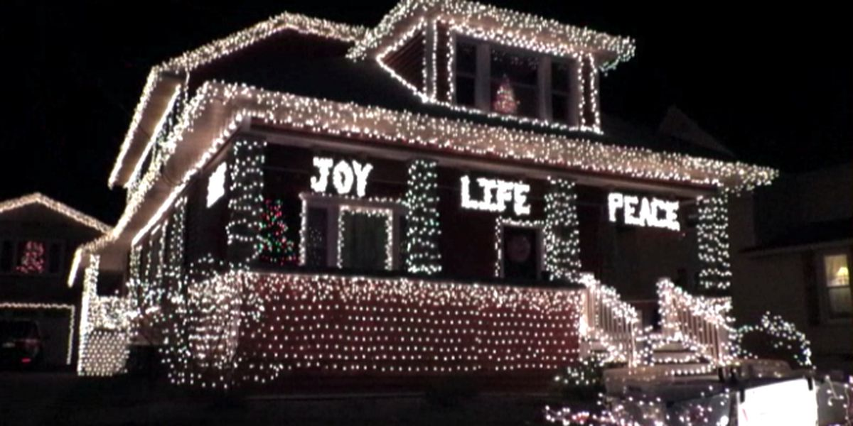 Lowville family lights up the night to help food pantry