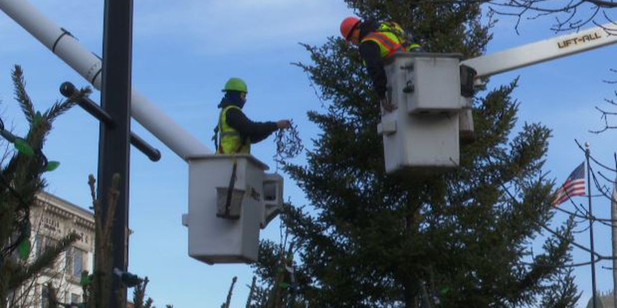 Public Square getting spruced up for Christmas with 27-foot tree
