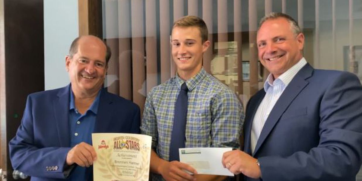 $1,000 scholarships presented to 7 News All-Stars