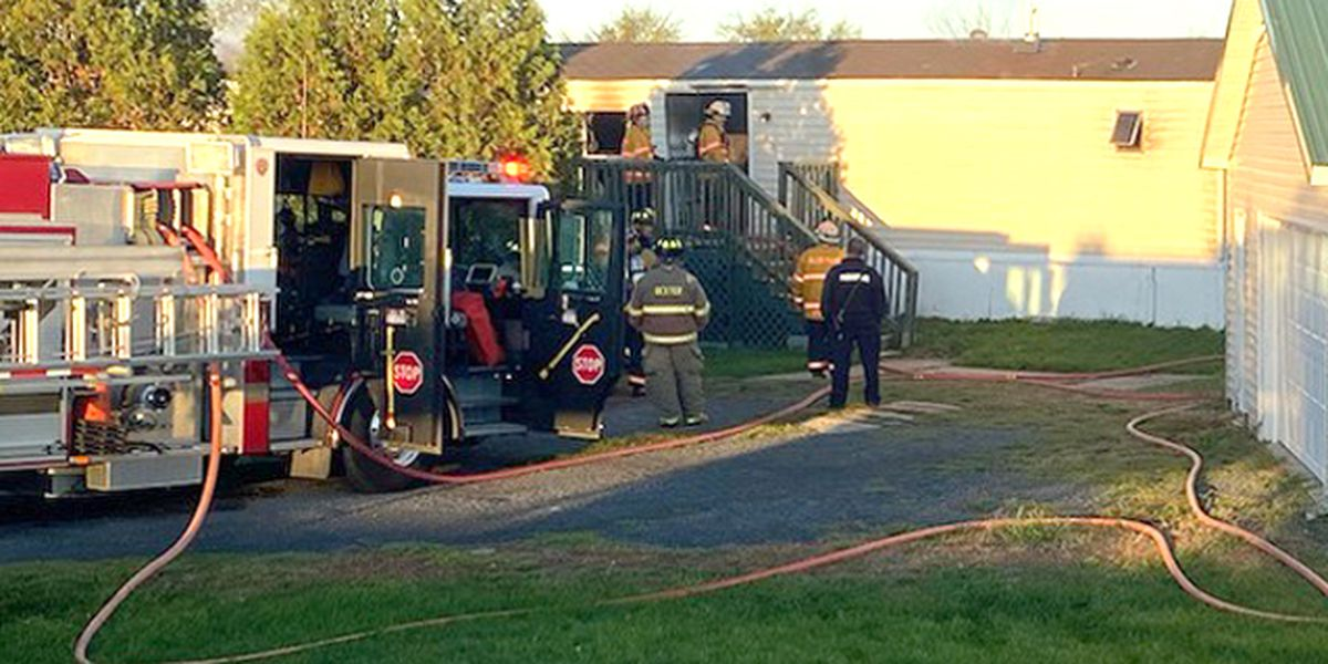 Fire causes heavy damage to mobile home