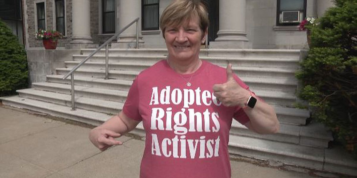 Adoptee-rights advocates applaud bill allowing access to birth certificates