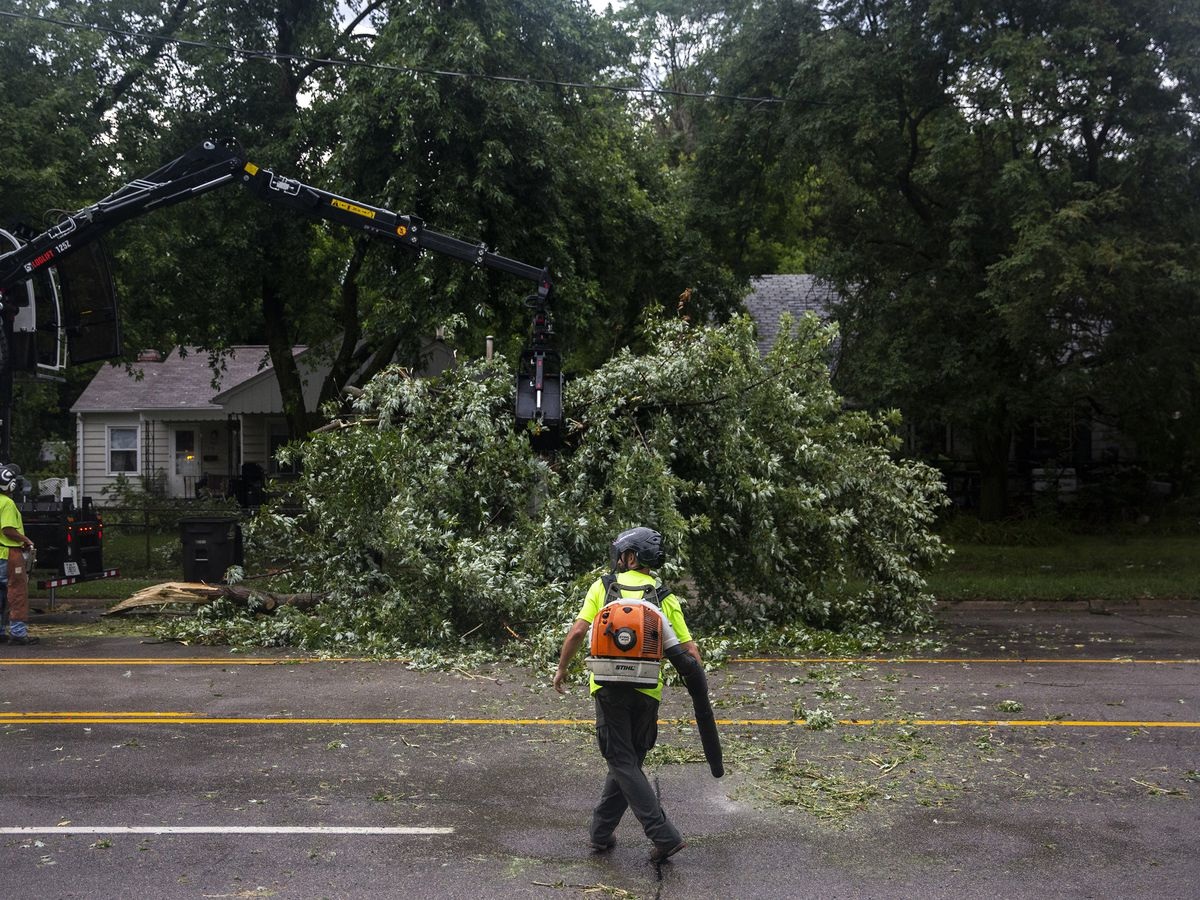 Forecasters look to learn from deadly Midwest wind storm