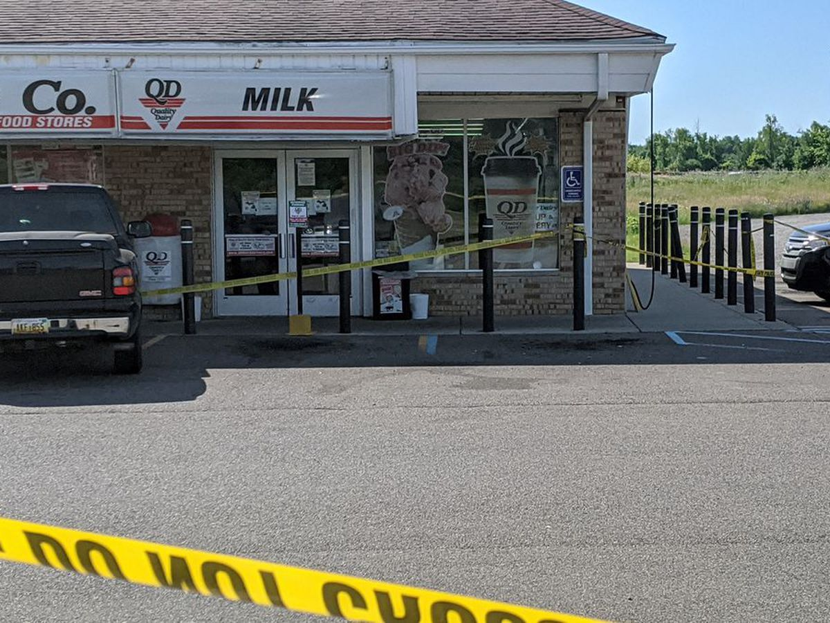 Fight over masks leads to stabbing, shooting death in Mich.