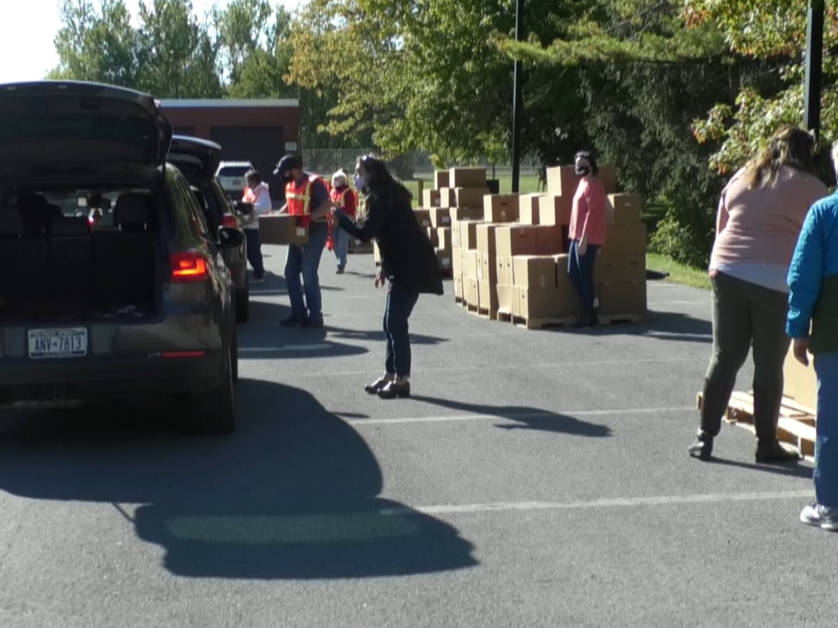 Stefanik and Cobb lend a hand at north country food distributions