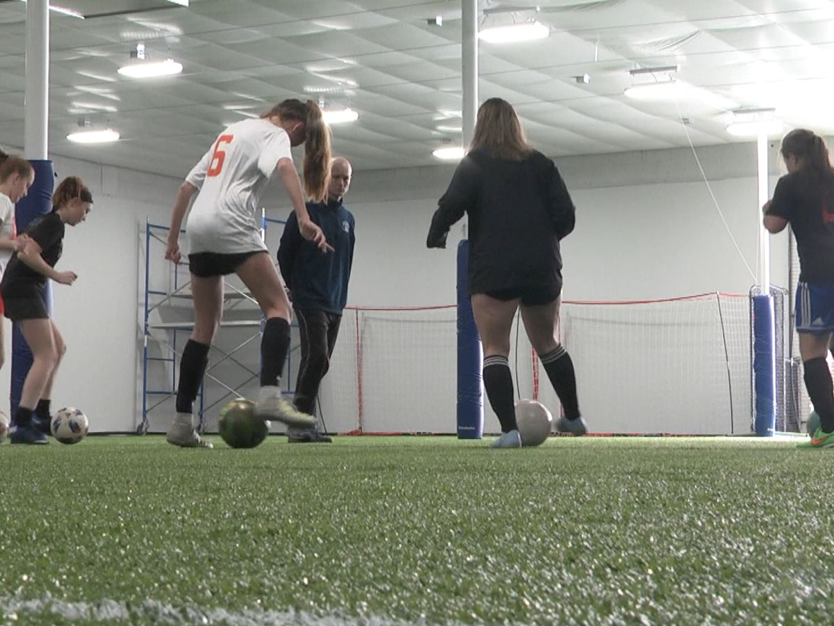 Sportsplex opens in Adams, gives students a place to train