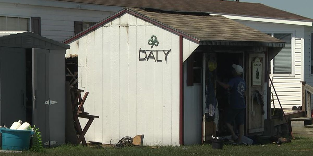 Retired fire fighters hold fire at bay