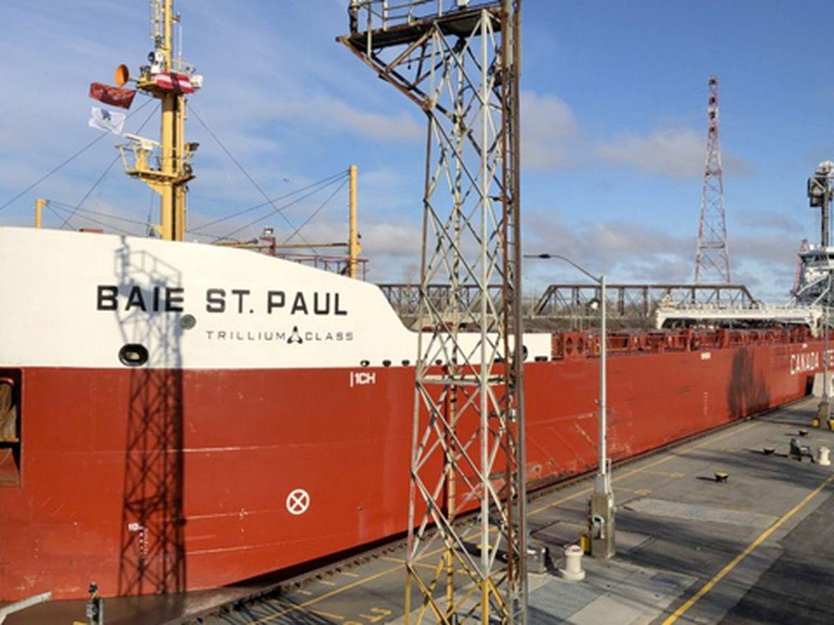 Montreal-Lake Ontario Seaway section opens