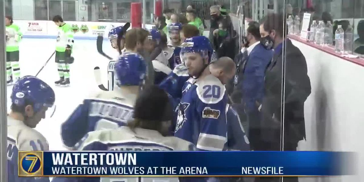 """Saturday sports: Hockey highlights, Wolves remain on """"pause,"""" and S.U. hoops takes on Boston College"""