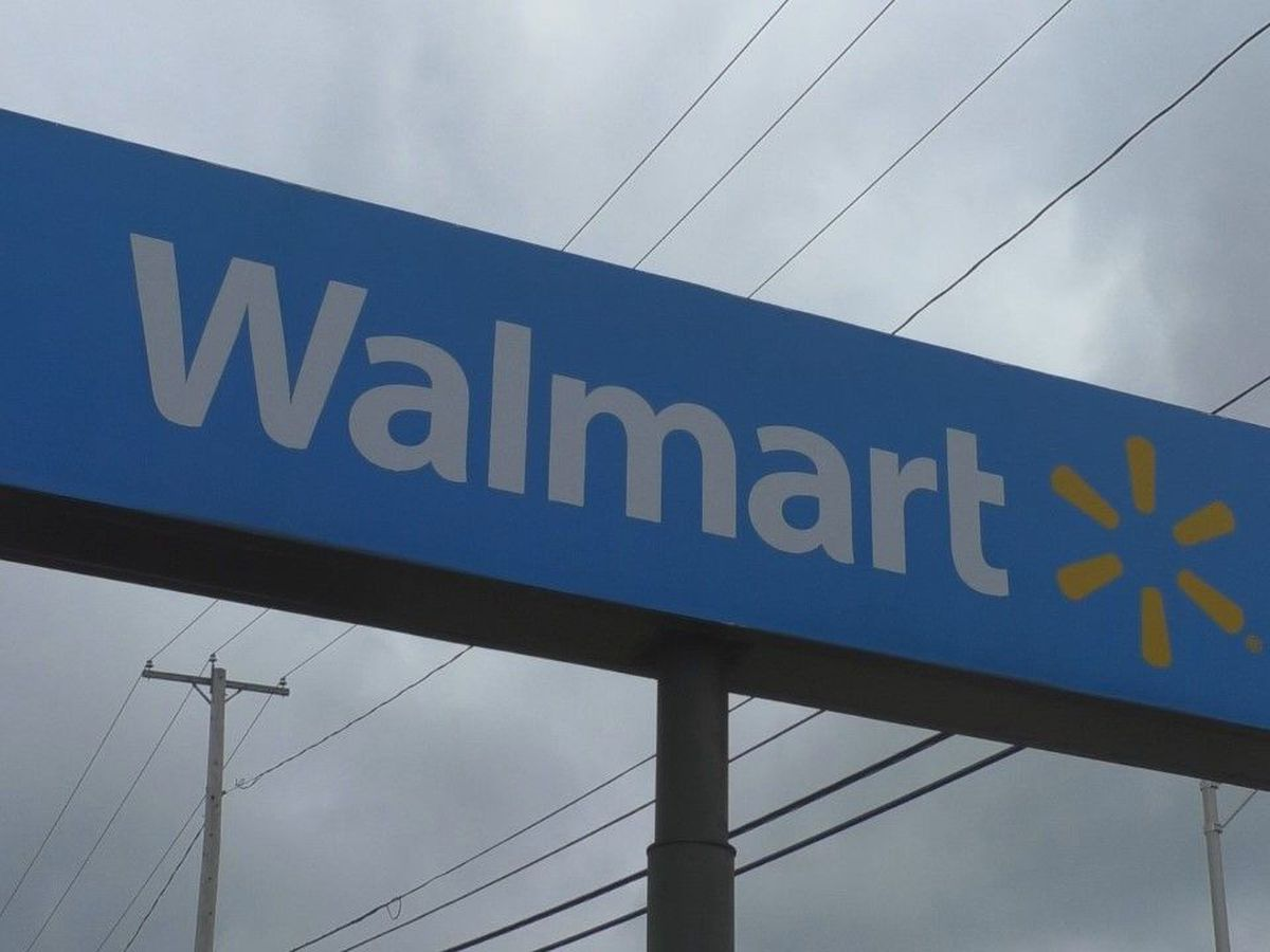 Walmart now using security officers to remind shoppers to wear masks