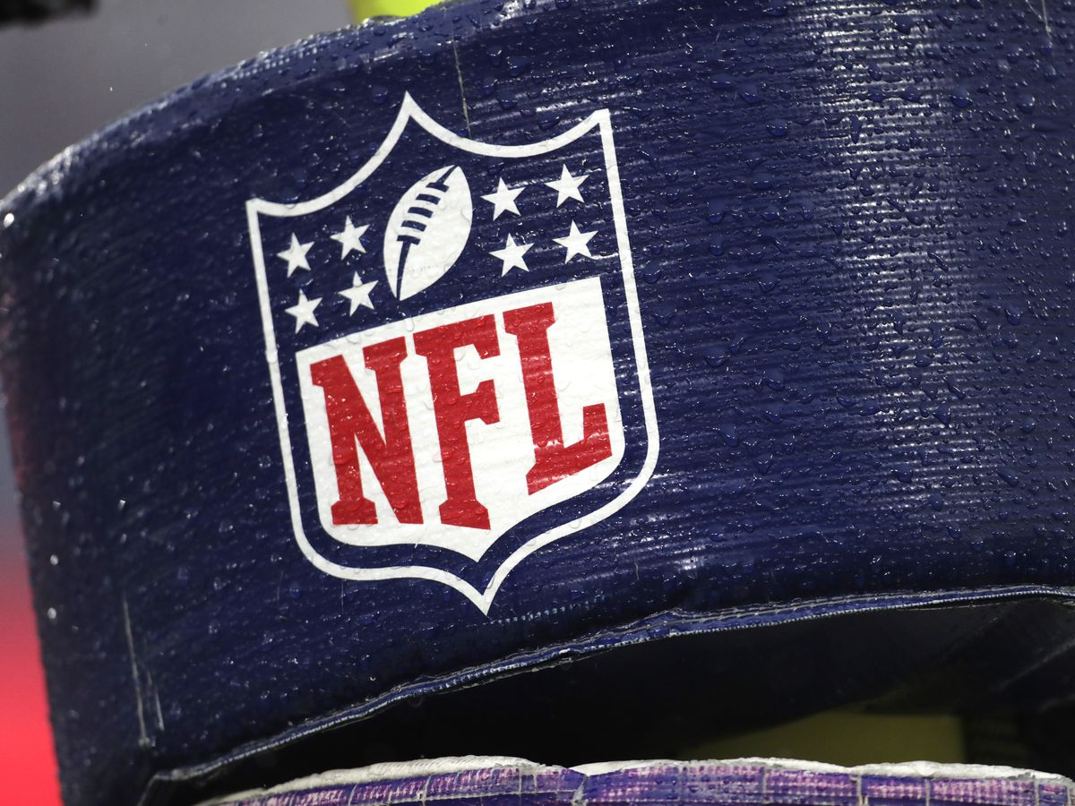 Player reps not voting on NFL labor deal; more talks Tuesday