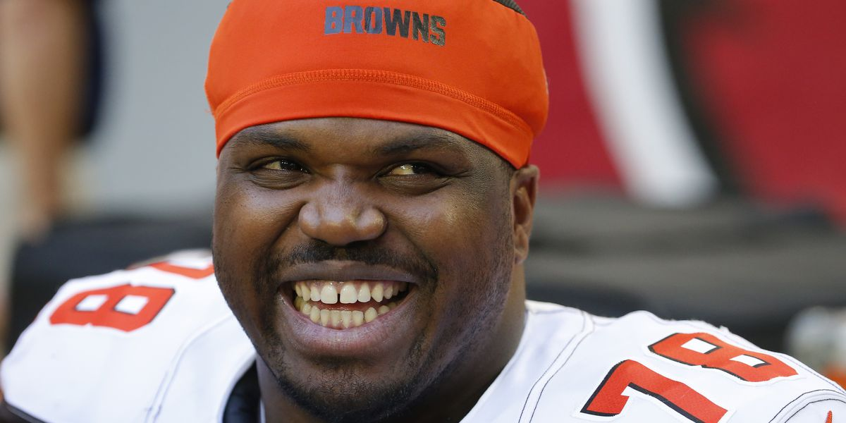 NFL free agent Greg Robinson jailed in Texas on pot charge; police say he had 157 pounds of weed