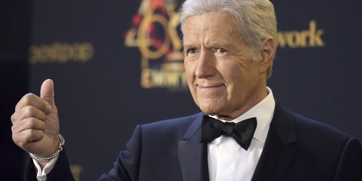 Alex Trebek chokes up on 'Jeopardy!' after contestant's heartfelt message