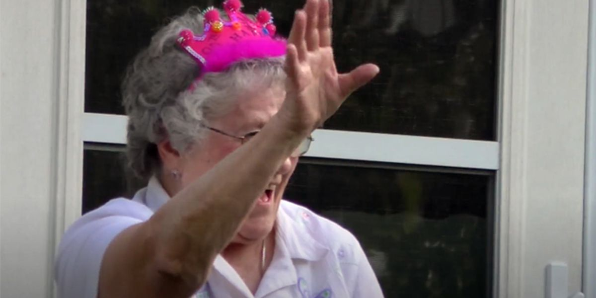 90 years celebrated with drive-by party