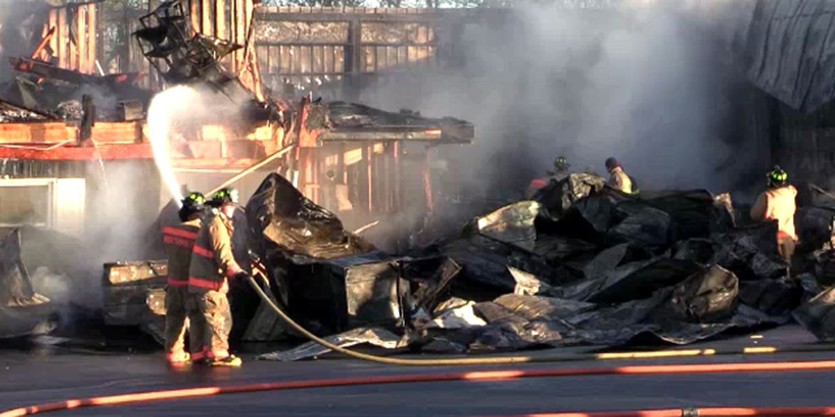 Fire destroys town of Pamelia car dealership