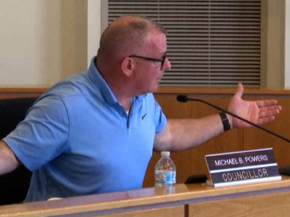 Ogdensburg councillor Mike Powers sanctioned in familiar 4-3 vote