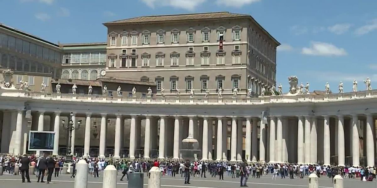 Pope Francis returns to St. Peter's Square