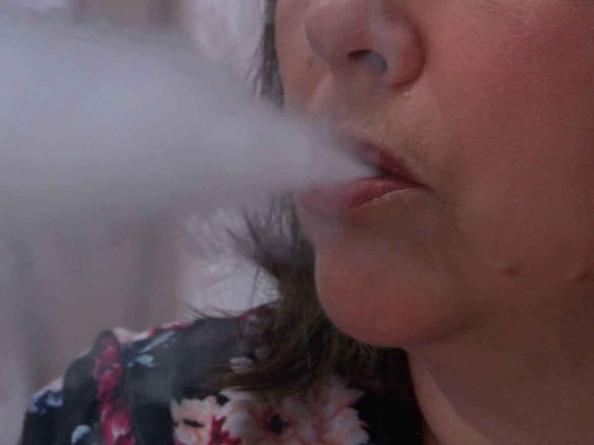 Sunday: Cuomo calls for emergency ban on flavored e-cigs