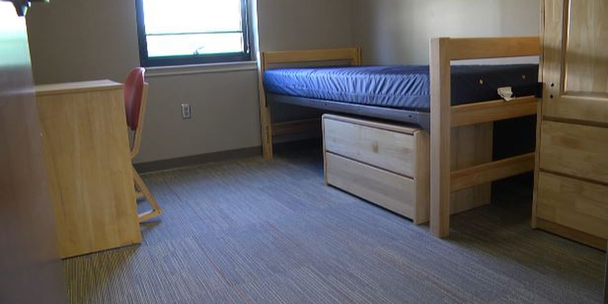 JCC prepares dorms for students who live on campus