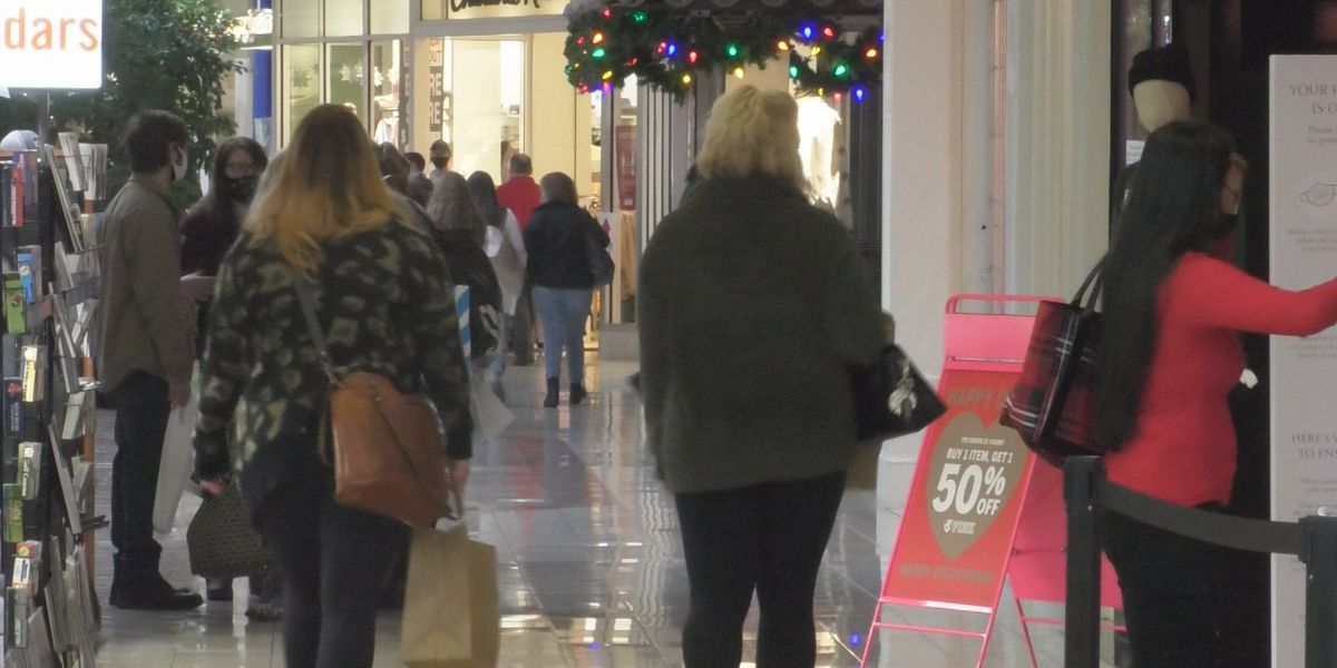 Shoppers enjoy a more laid back Black Friday at Salmon Run Mall