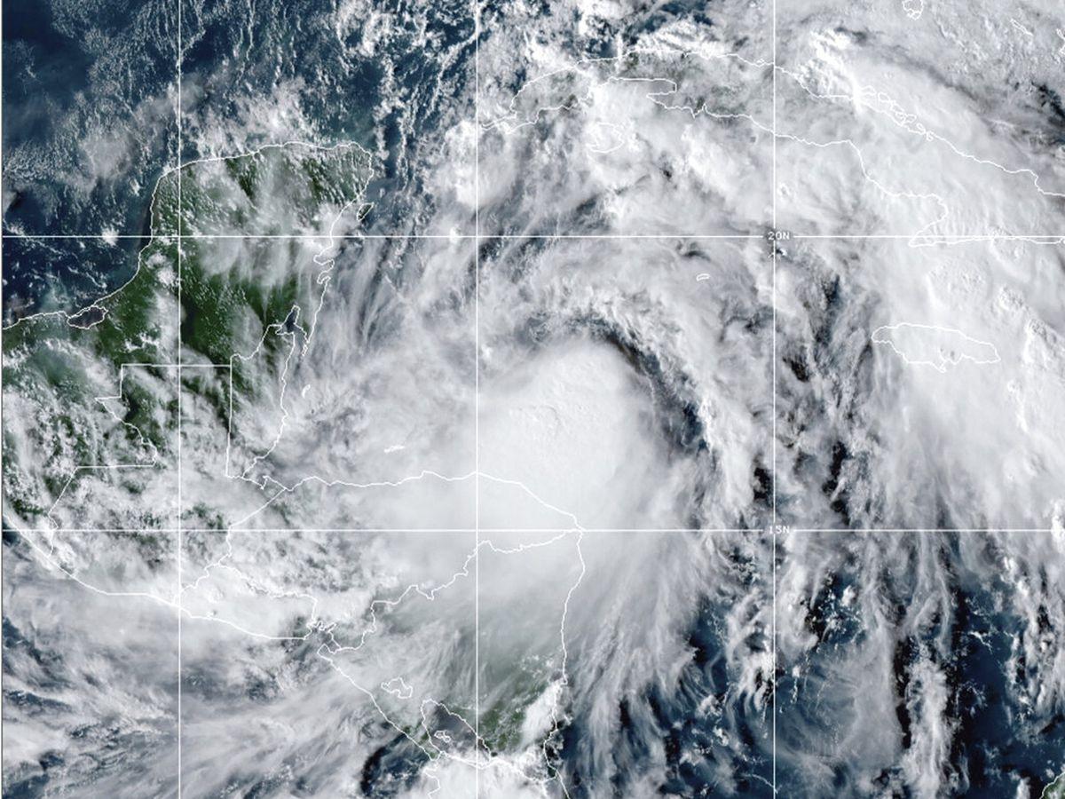 Powerful Hurricane Zeta makes Louisiana landfall