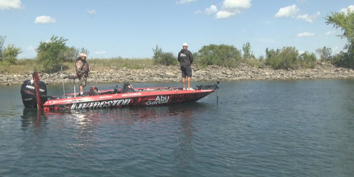 High water delays, but doesn't deny anglers in annual Bassmaster tournament