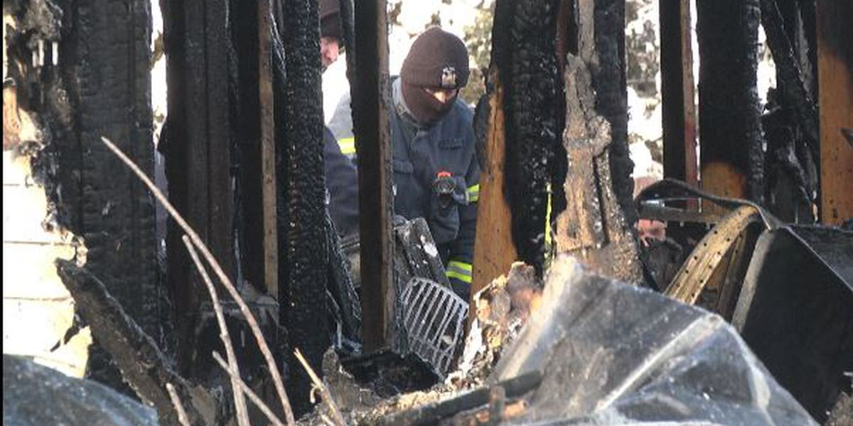 Pierrepont couple trapped in burning home die in Syracuse hospital